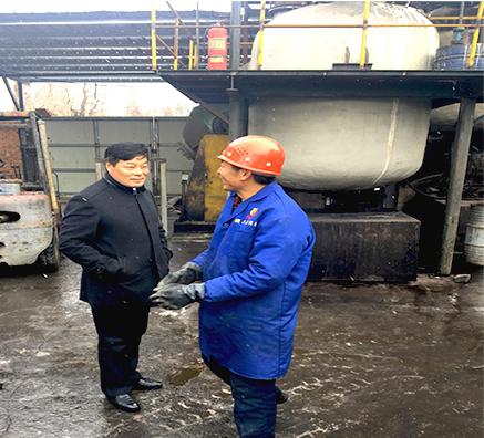瑞奇特化工董事长视察慰问奋斗在工厂一线员工